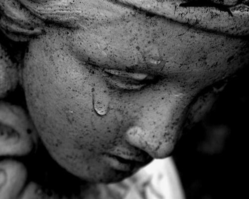 """tears of sad... """"το άγαλμα που κλαίει"""""""